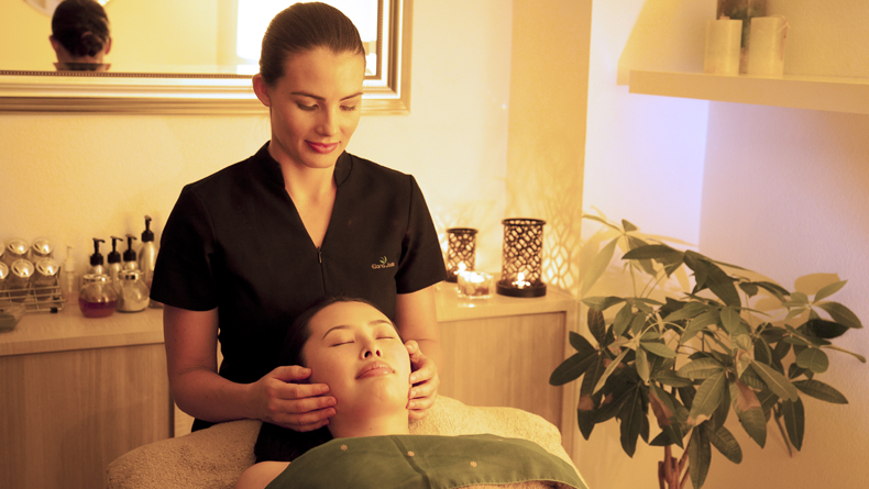 miki and lani salon cropped
