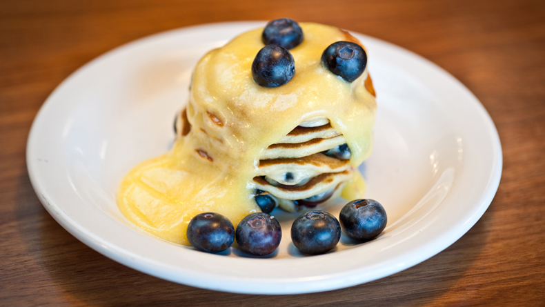 Blueberry and lemon curd pancakes cropped