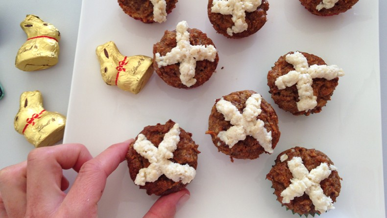 Savvy - Carrot Cake Cross Buns cropped
