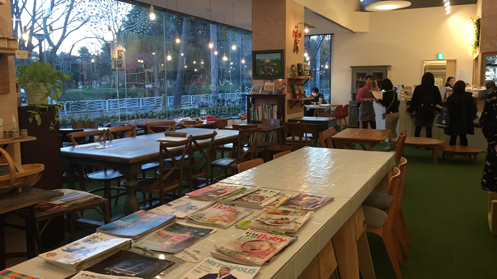 Healthy Food and Free Play at Organic Cafe Lulu - Savvy Tokyo