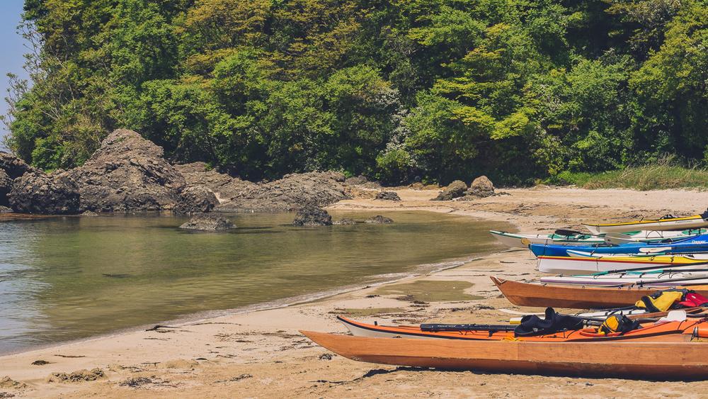 Kayaks Kitaura cropped