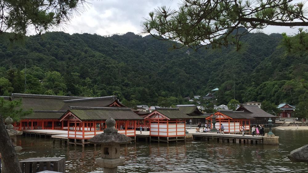 miyajima2 cropped