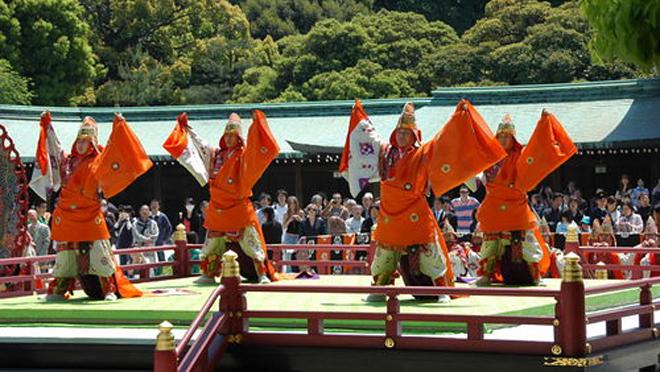 meiji shrine cropped