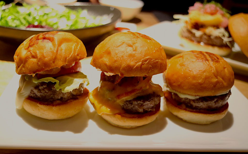 Umami Burger Slider 1