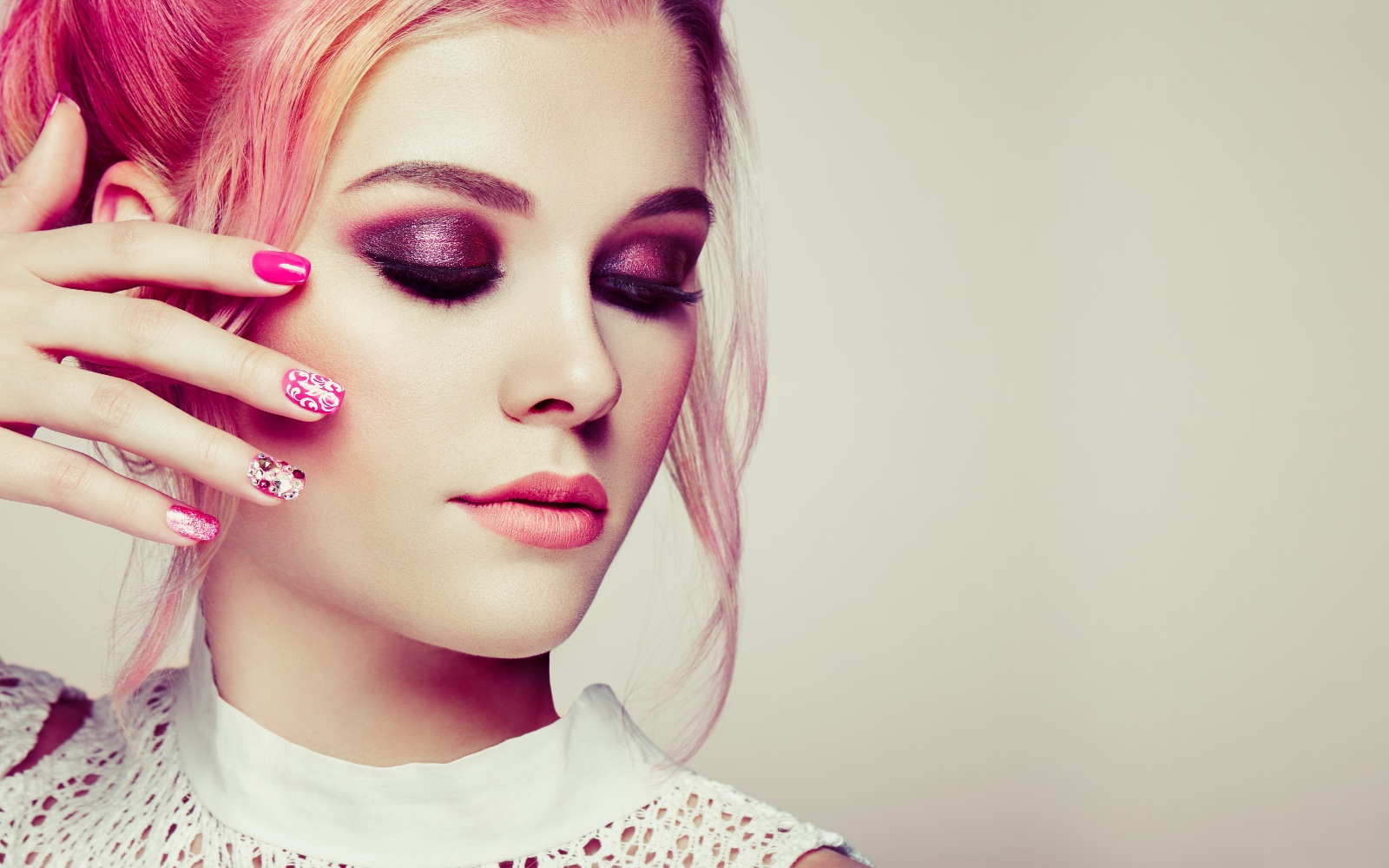 Wild Colors And Crazy Shades Buying Unorthodox Hair Makeup