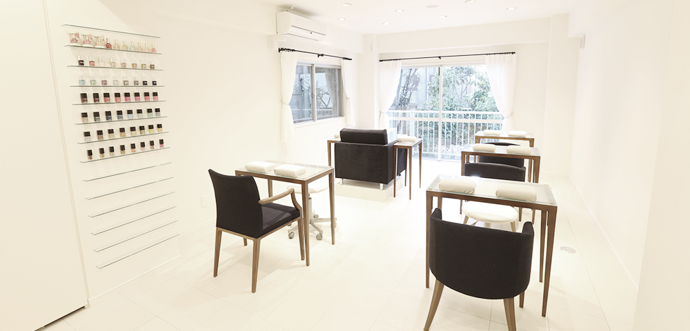 tricia - 50 Beauty Salons in Tokyo