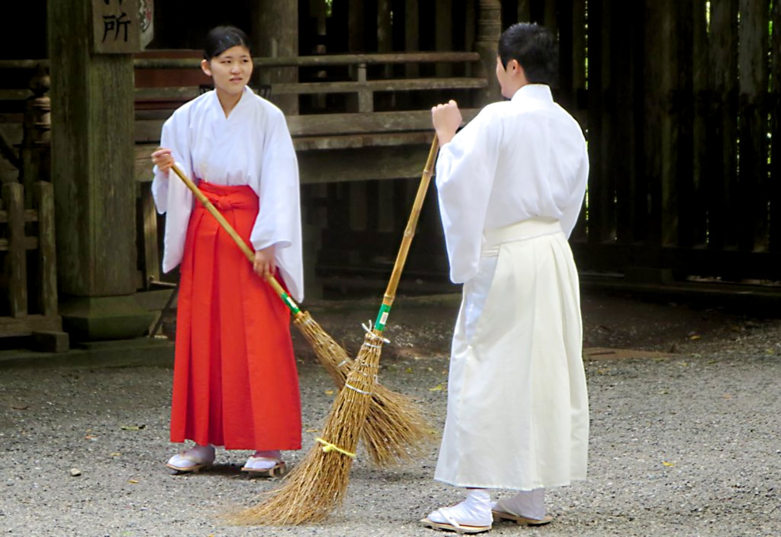 Shrine keepers sweeping - Decluttering