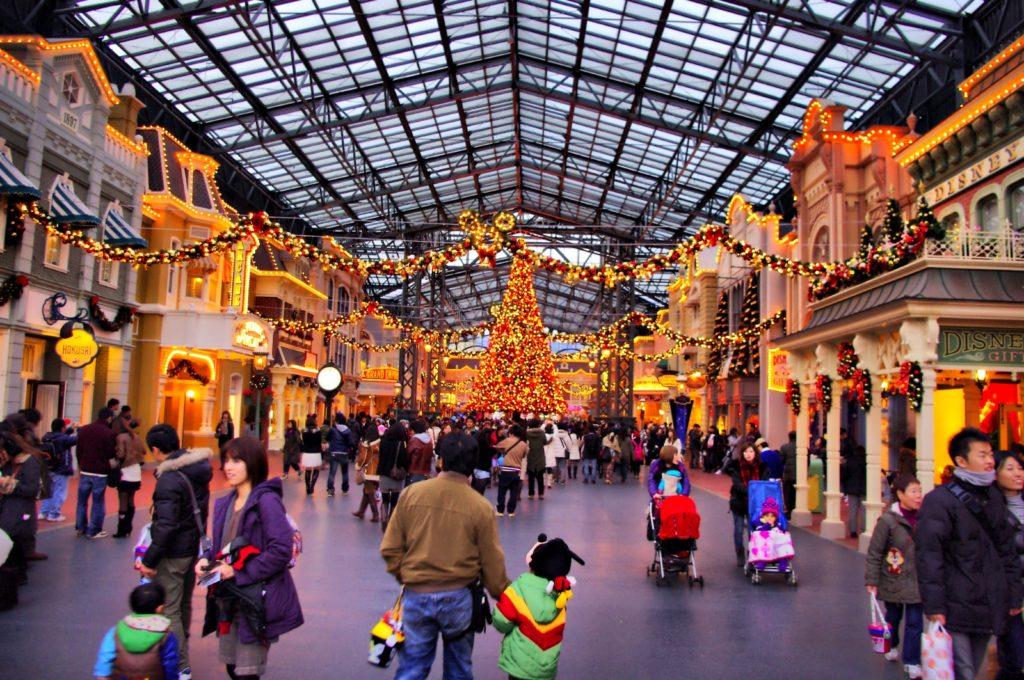 Tokyo Disneyland World Bazaar Guide to Visiting Tokyo Disneyland with Kids