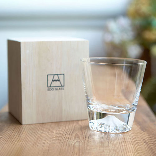 Japanese Sake 10 Japanese Gift Ideas for Your Significant Other This Valentine's Day Edo Glass Sake