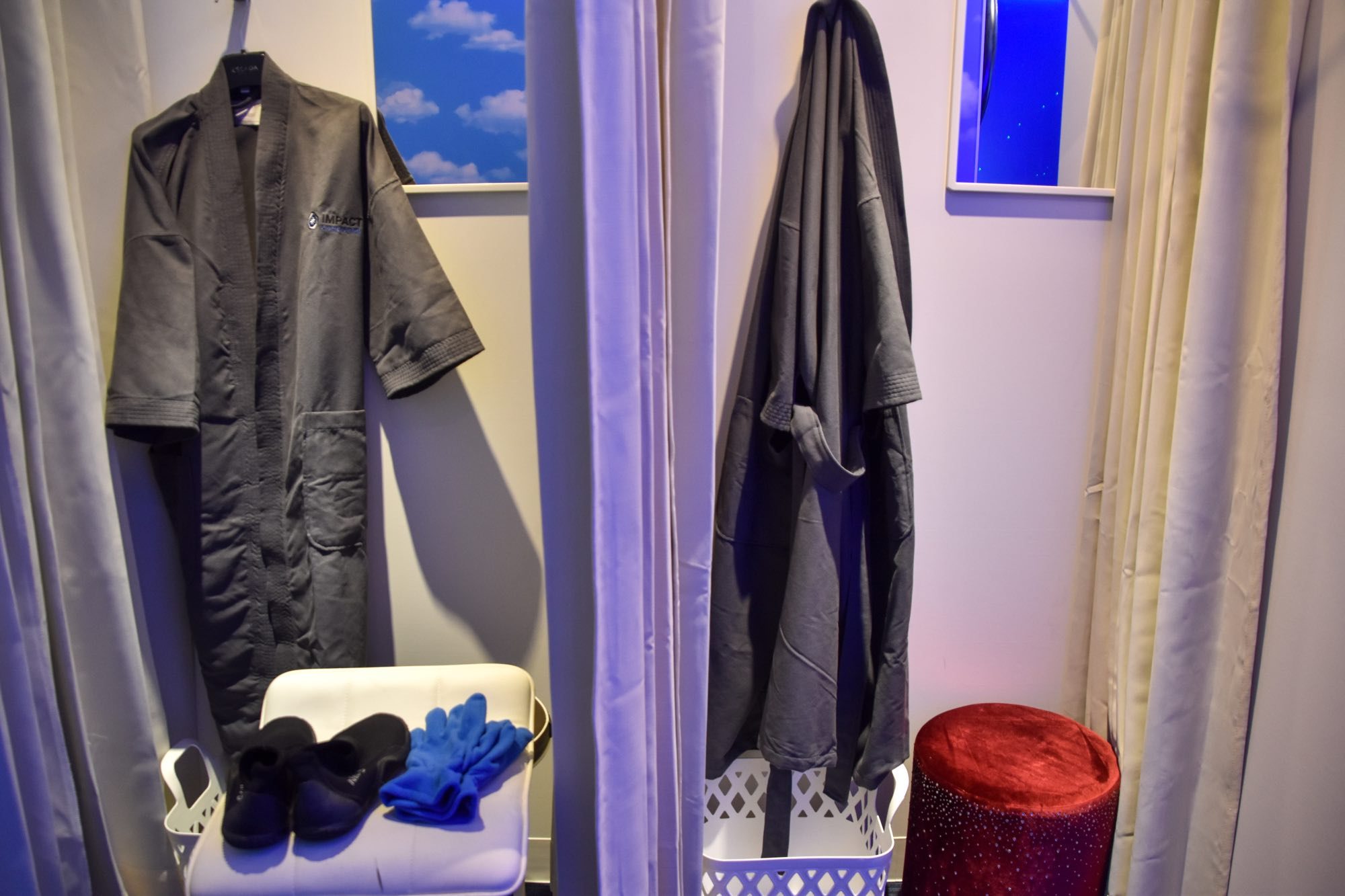 Cryo Tokyo Cool Recovery Robe and Gloves