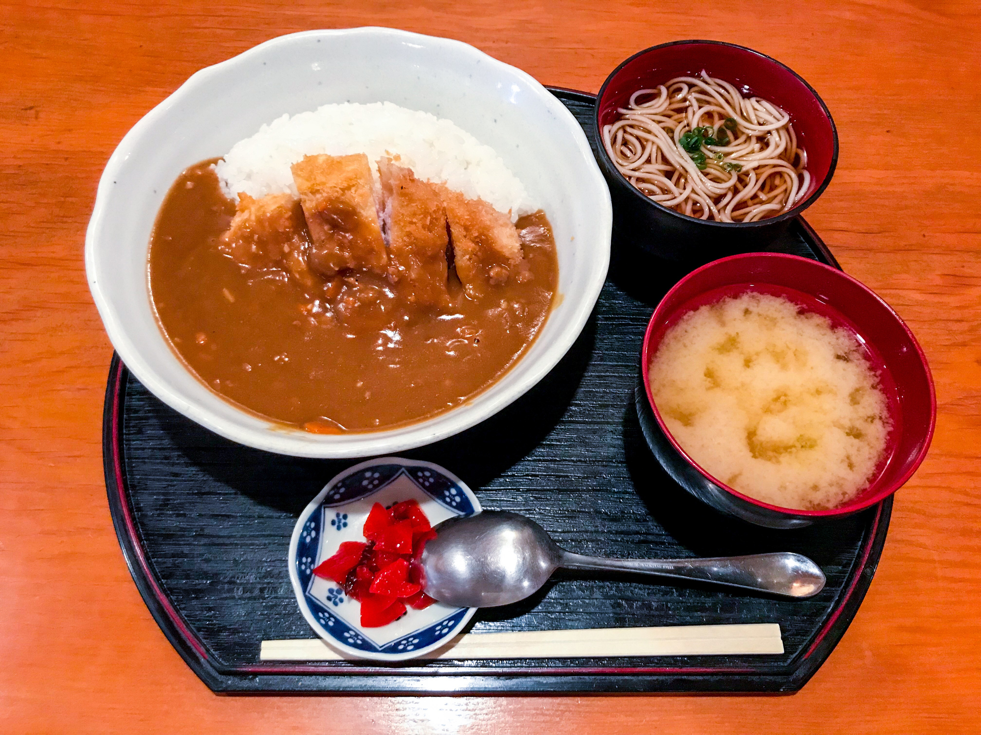 Eating Like A Local A B-Kyu Gurume - Tonkatsu curry and soba, buckwheat noodles