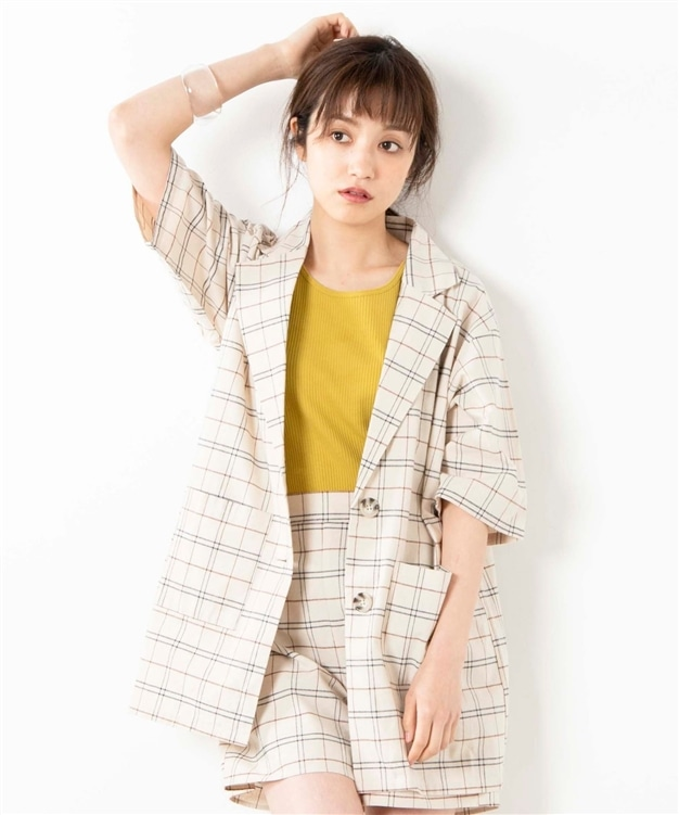 top-5-tokyo-summer-fashion-trends-2020 Checker Short Suit