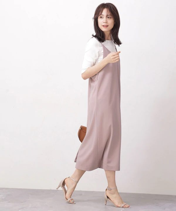 top-5-tokyo-summer-fashion-trends-2020 Antique rose color slip dress on a white T-shirt