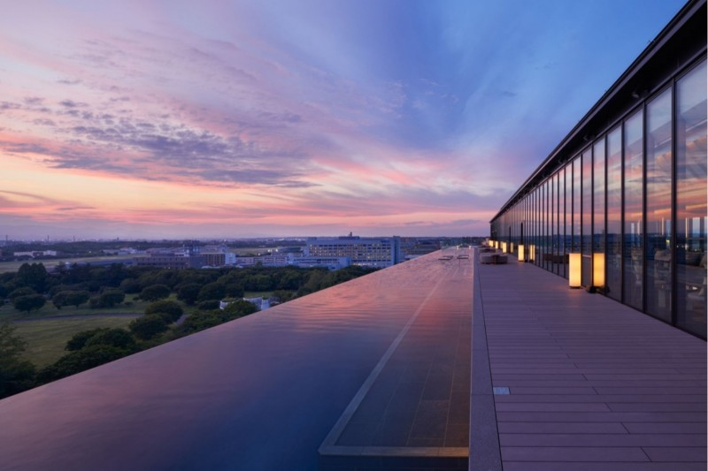 best year-end deals tokyo - infinity pool at Sorano hotel