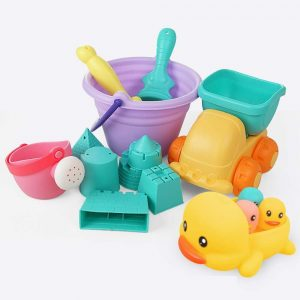 Water toys for your toddler when you go camping