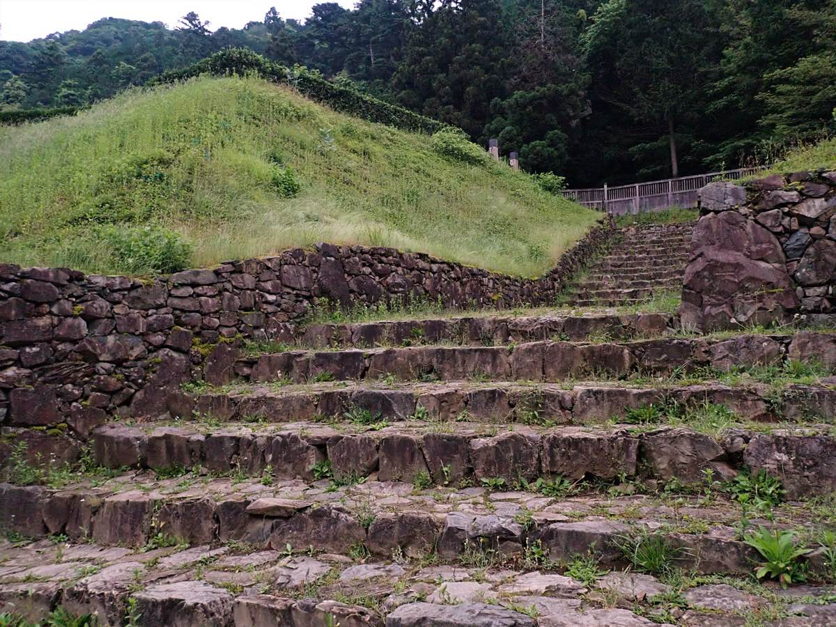Halloween in Japan: Hachioji Castle Stairs