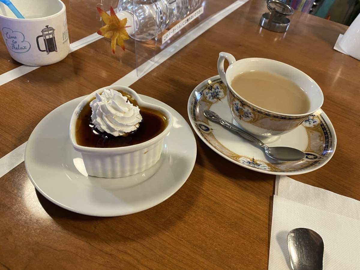 Maid cafes tea and sweet